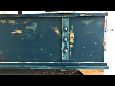 DIY Rustic Blue Chalk Paint Furniture Makeover