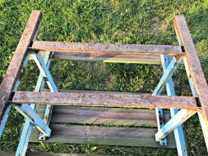 DIY Steps for Rusty Metal Table Repair. Works on most outdoor metal furniture too. It's so easy to save that metal furniture from years of rust and weather damage. #rusty #repair #metal #table