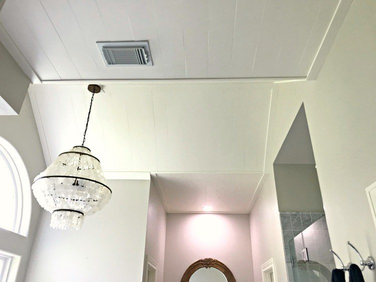 This DIY Plywood Plank Ceiling Installation is a pretty cross between faux shiplap and v-groove boards. And, it's such an easy DIY project, she did it alone. #AbbottsAtHome #Ceiling #CeilingIdeas #CeilingMakeover #DIYPlywoodPlanks #FauxShiplap #Shiplap