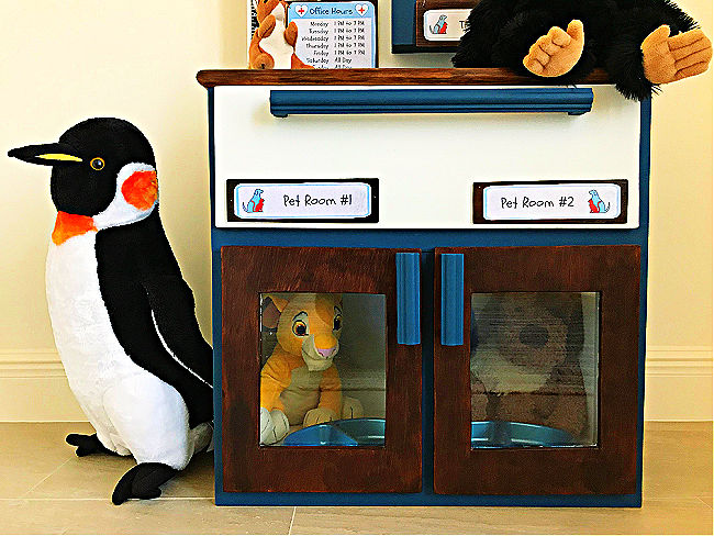 Make your kids this sweet little DIY Play Animal Doctor Office with this easy to follow beginner woodworking build plan. This DIY Kids Play Pet Hospital has been a popular playset with our little veterinarians, this year. Printable Pet Clinic Signs, Patient Forms, and Build Plans Available.