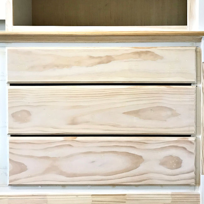 How to build a Quick & Easy DIY Wood Drawer Front with a pretty routed edge, slab overlay design. I love how adding a simple routed edge to this DIY Wood Drawer Front gave it a beautiful, classic, high end look. That was so, so easy!